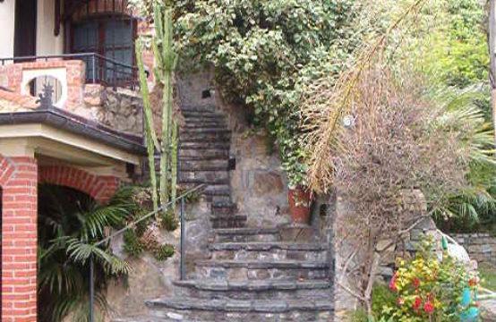 Villa Corso Marconi [RIF. V09]