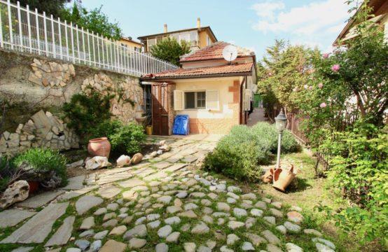 SANREMO – Villetta in zona San Martino [RIF. STE. V. B15]